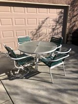Vintage 5-Pc Patio Set in Travis AFB, California