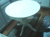 DROP LEAF TABLE ALL WOOD EXCELLENT CONDITION LOW PROFILE in Orland Park, Illinois