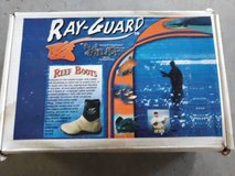 Ray-Guard Reef Boots Mens Size 8 in Houston, Texas