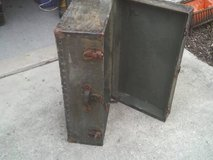 THIS TRUNK IS GREEN ,WAS TOLD WHEN WE GOT IT WAS A FOOT LOCKER in Naperville, Illinois