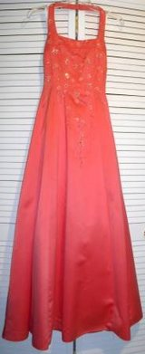 Sz 3/4 Morgan & Co Coral Long Formal Prom / Bridesmaid Dress in Orland Park, Illinois