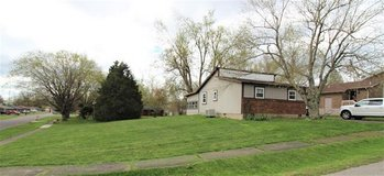 Affordable living and a double lot! in Elizabethtown, Kentucky