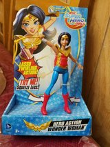 New Mattel DC Super Hero Girls WONDER WOMAN Figure w/ Moveable Lasso of Truth! in Bellaire, Texas