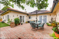 1 bedroom flat in Vista with shared hot tub/pool in Camp Pendleton, California