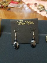 New Beautiful Navy Blue BUCK HILL Dangling Rhinestone Earrings! Really Pretty! in Bellaire, Texas