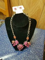 New Pretty CHARMING CHARLIE'S Long Pink & Peach Rhinestone Necklace + Earrings! in Kingwood, Texas