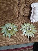 Vintage Set of Tin Green Flower Wall Hangings! With Chains Attached on Back! in Spring, Texas