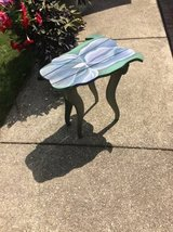 CUTE SMALL PLANT / FLOWER TABLE .. GREAT IN SUNROOM OR YARD in Naperville, Illinois