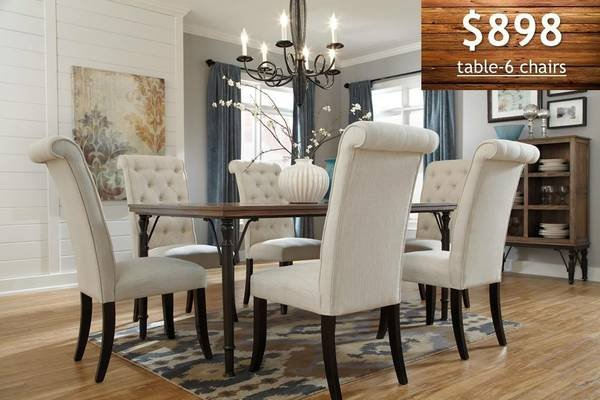 ** BRAND NEW ** ASHLEY 7 PC RUCTIC TUFTED PIECE DINING ROOM SET ** |  Furniture: Home   By Dealer For Sale On Nashville Bookoo!