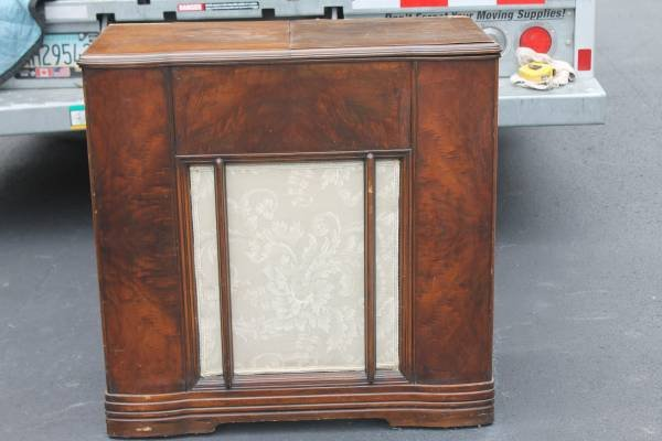 Antique Stereo Cabinet in Warner Robins - Antique Stereo Cabinet Antiques For Sale On Robins Bookoo!