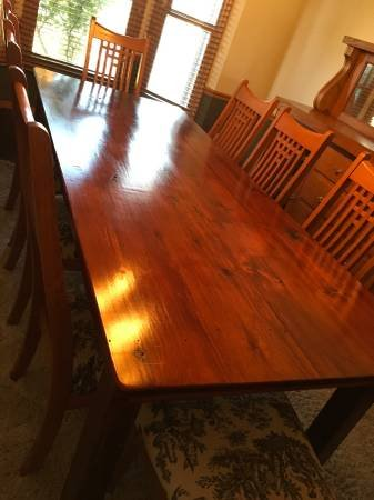 Custom 8ft Barn Wood Dining Table And Chairs | Furniture For Sale On Oswego  Bookoo!