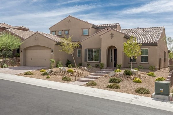 Madeira Canyon/Anthem Guard Gated Home in REmilitary