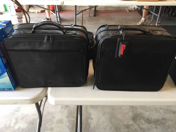 2 Targus Leather Computer Bags New Beautiful Computer For Sale On Sugar Grove Bookoo